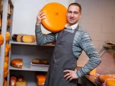 De Kaasstolp heeft nu ook een vestiging in Veenendaal: 'Waar krijg je een kilo jong belegen kaas voor €6,99?'