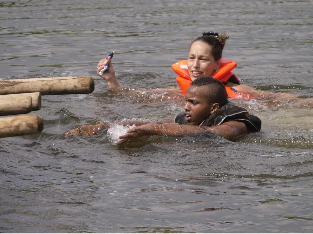 Mahamad Omar, leerde op zijn 16e zwemmen van Terenja Bongers. Hij overleed afgelopen week aan de Oudegracht.