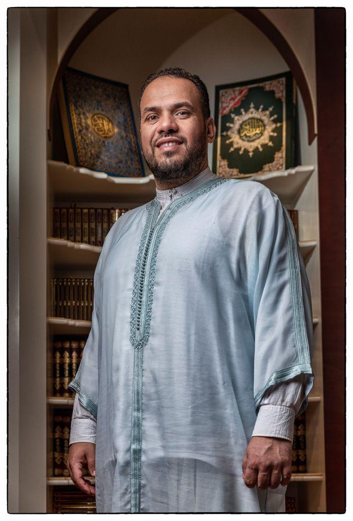 Hoofdimam Yassin Elforkani van De Blauwe Moskee