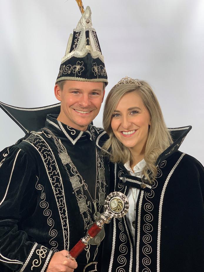 Prins Geert d'n Urste en Prinses Ine heersen over Paplippelland.