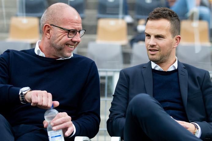 RKC-trainer Fred Grim met algemeen directeur Frank van Mosselveld.