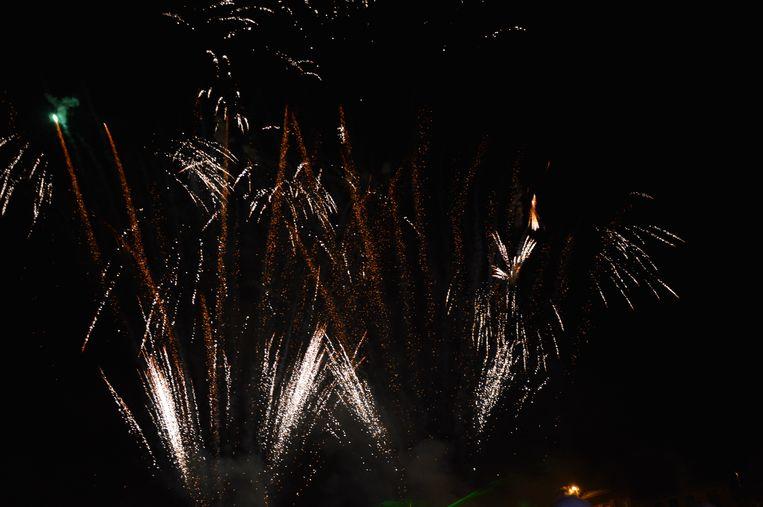 Het vuurwerk op de nationale feestdag in Denderleeuw.