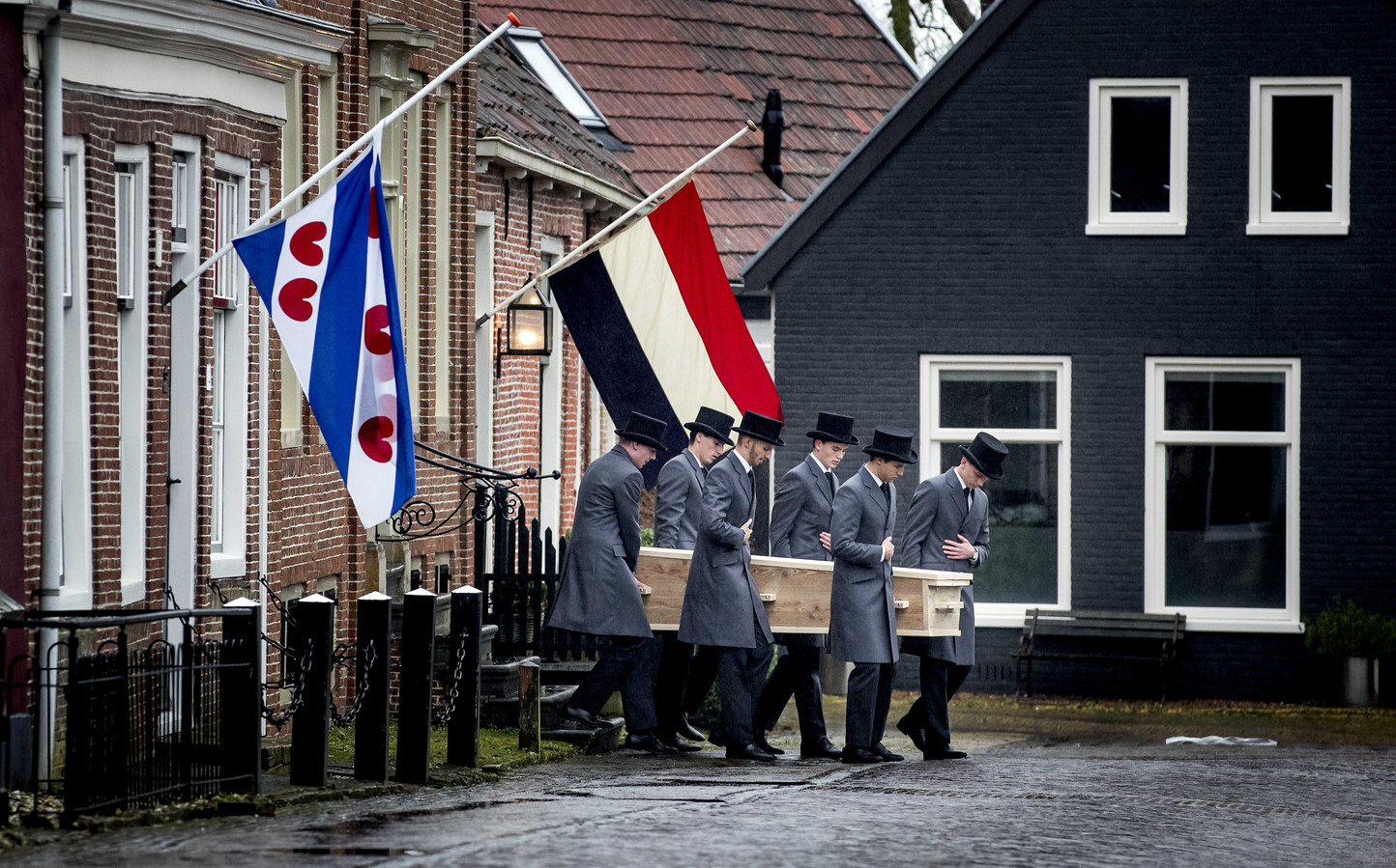 'Sesamstraat'-collega's nemen afscheid van Aart Staartjes