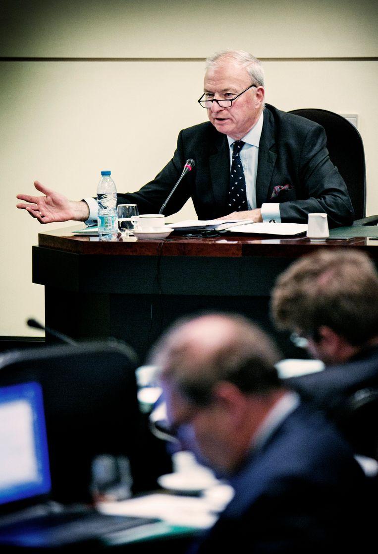 André Vandoren staat de terreurcommissie in het federaal parlement te woord. Beeld Tim Dirven