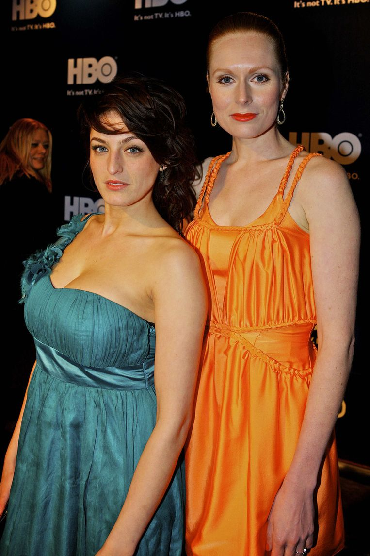 Actrice Jolanda van den Berg (R) en een vriendin. Beeld null