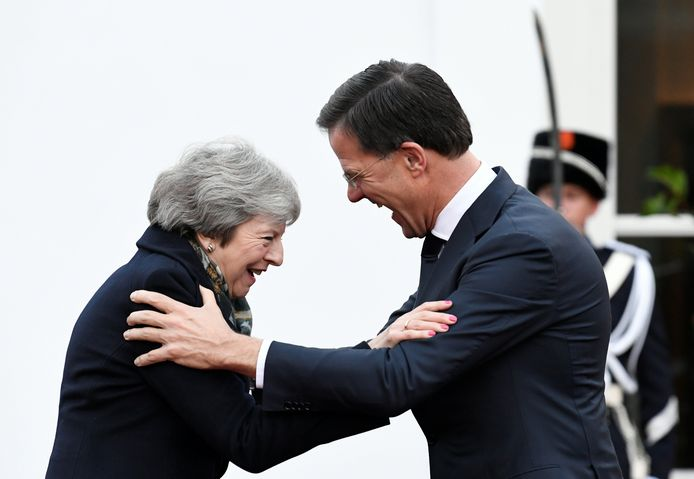Theresa May wordt ontvangen door premier Mark Rutte.