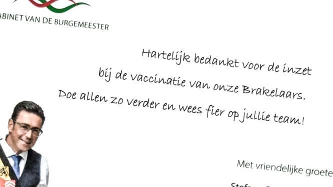 """Helft van Brakelaars kreeg al eerste covid-vaccin: """"Stuur vrijwilligers een bedankingskaartje"""""""