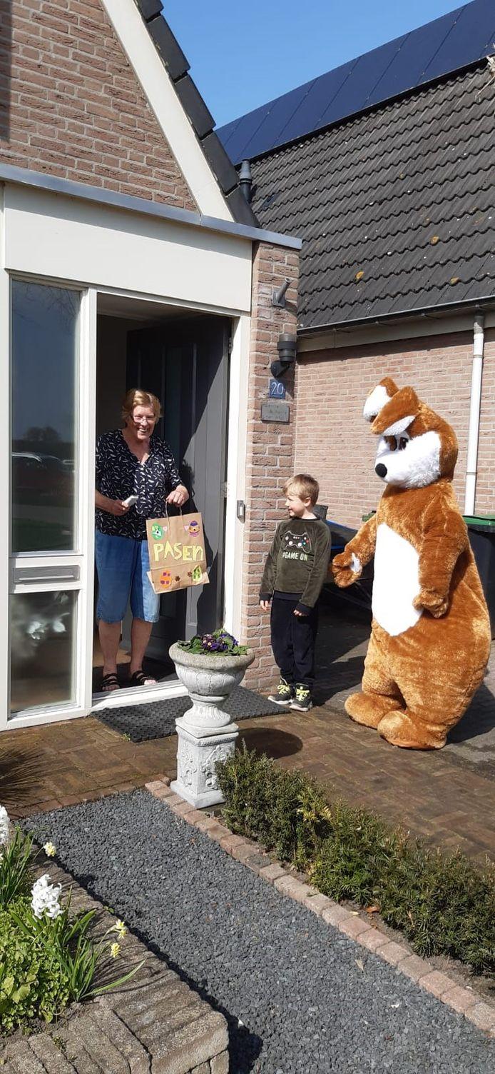 Paasactie basisschoolleerlingen Brede School St. Martinus in Oud-Zevenaar.