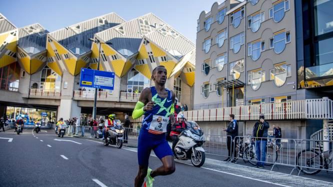 """Bashir Abdi verpulvert Europees record in de marathon met winst in Rotterdam: """"Toeschouwers waren geweldig, ik werd bijna doof"""""""