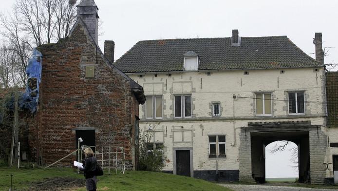 La ferme d'Hougoumont, au lancement des travaux de rénovation
