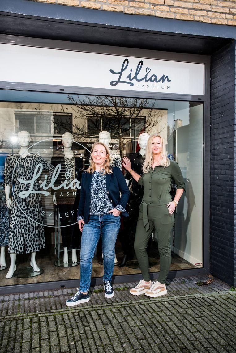 Lilian de Rooij (rechts) Beeld Jan Mulders