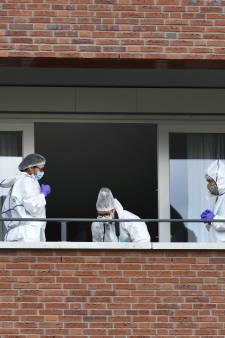 Woning dode vrouwen leeggehaald, maar politie weet doodsoorzaak nog steeds niet: 'Het is erg complex'