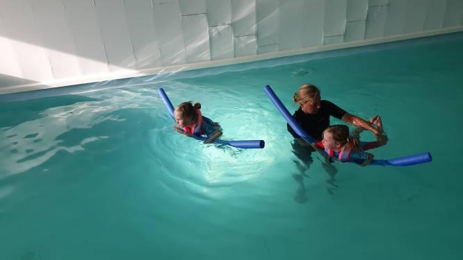 """Zomerzwemschool wordt nu permanente zwemschool: """"We hadden een wachtlijst van 300 kinderen"""""""