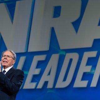 Amerikaanse wapenlobby NRA vraagt faillissement aan en wil verhuizen naar Texas