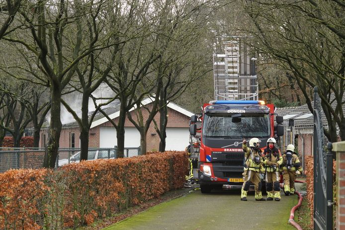 Brand in garage De Moer.