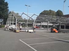 VIP-tent Willem II tijdelijk spelershome en later examen-lokaal voor Fontys