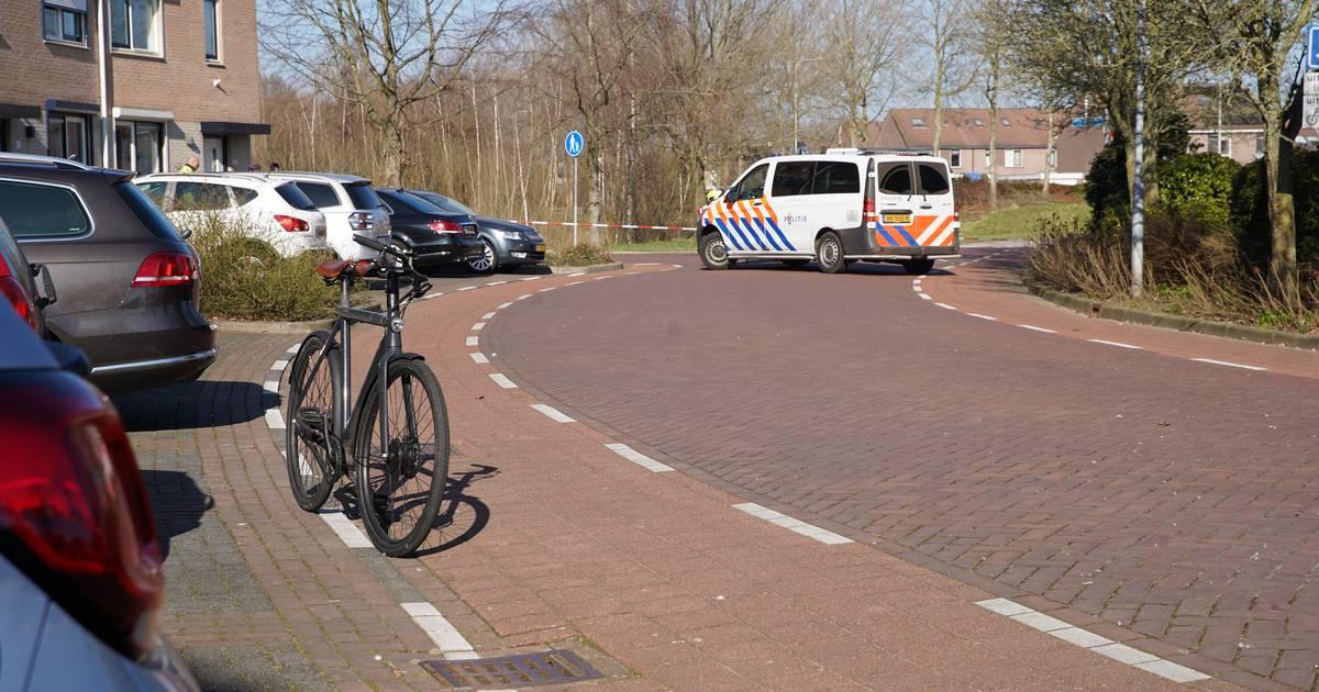 Aanrijding tussen twee fietsers in Zutphen, één slachtoffer met spoed naar ziekenhuis.