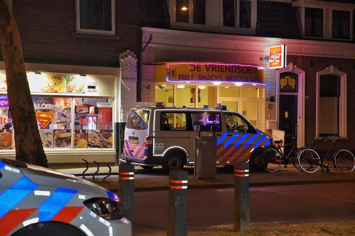 Overval op cafetaria De Vriendschap aan de Goirkestraat in Tilburg.