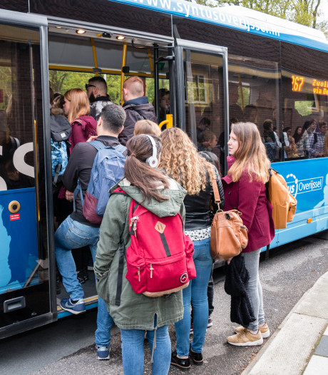 Reizigers kunnen vanaf nu betalen met iPhone in bussen van Keolis