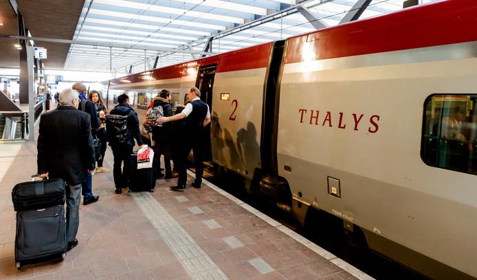 De Thalys op Rotterdam Centraal.