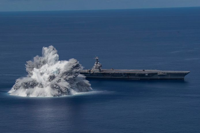 "Le porte-avions américain ""USS Gerald R. Ford"""