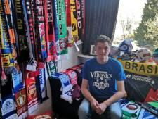 Jasper heeft voetbalmuseum op zijn kamer: 'Het is mijn leven'
