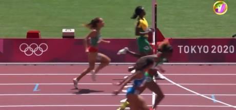 L'incroyable erreur de la Jamaïcaine Shericka Jackson qui ralentit complètement et se fait éliminer