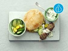 Wat Eten We Vandaag: Köfte kebab met yoghurtsaus