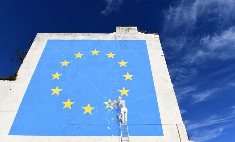 Een brexitkunstwerk van straatartiest Banksy. Beeld EPA