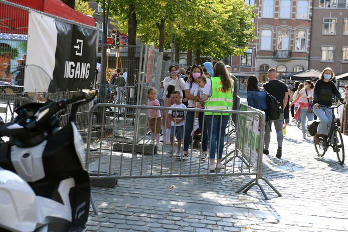 De kermis werd ook vorig jaar georganiseerd maar het was wel onder strenge voorwaarden zoals bijvoorbeeld een beperkt aantal bezoekers.