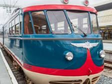 Bijzonder! Deze historische trein is gespot op station Zwolle