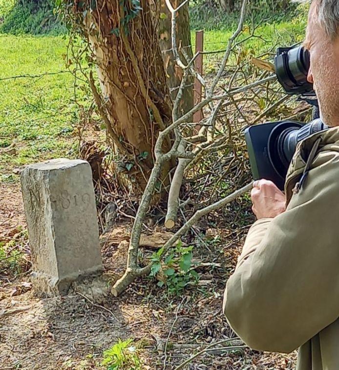 De grenspaal was zondagmiddag een item op het Franse landelijke tv-journaal van TF1.