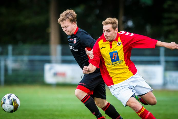 Spelen de teams van Achilles (rechts) en Avanti, zoals hier bij het Marinus Goedhart Toernooi, volgend seizoen ook nog tegen elkaar?