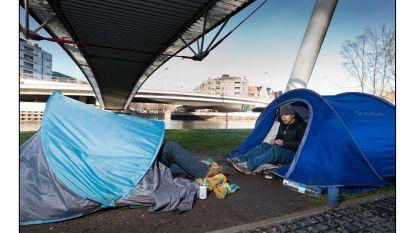 """Hotelsector legt daklozen te slapen na terugschroeven capaciteit nachtopvang: """"De coronacrisis gaat niet alleen om centen"""""""