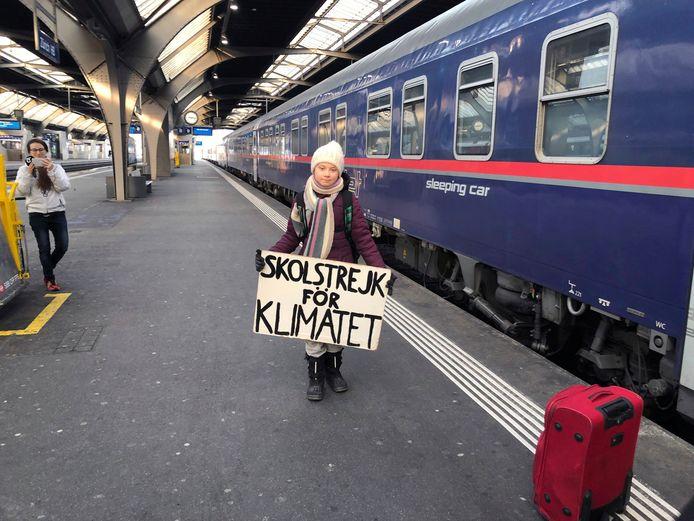 De Zweedse klimaatactivist Greta Thunberg ging eerder dit jaar met de trein naar een klimaatdemonstratie in Parijs.