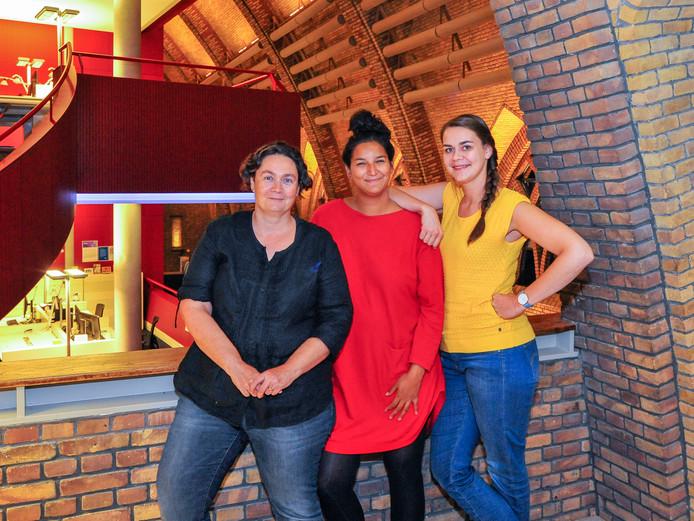 Elsa Dinjens, Laura Tijssen en Janne van de Ven (vlnr).