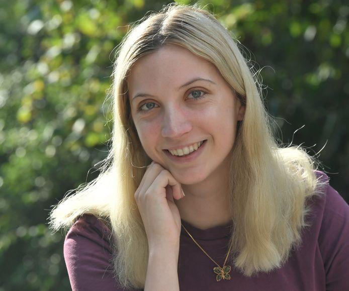 """Naomi Griep - schrijversnaam Naomi de Graag: ,,Ik ben iemand die elke dag bezig is met het bedenken van verhalen."""""""