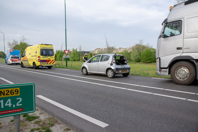 Ongeluk op N269 bij Esbeek.