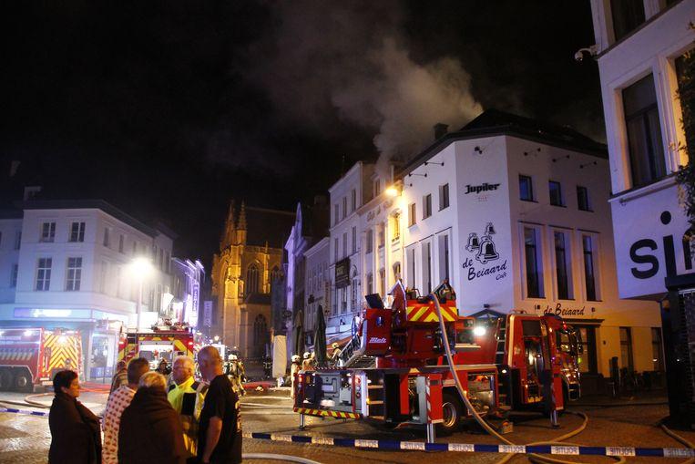De brand zorgde ook voor heel wat rookontwikkeling.
