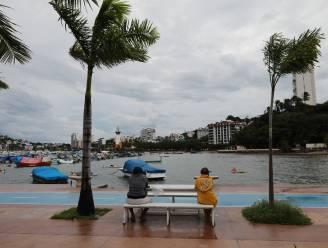 Orkaan Rick aan land in Mexico: waarschuwing voor levensbedreigende stortvloeden