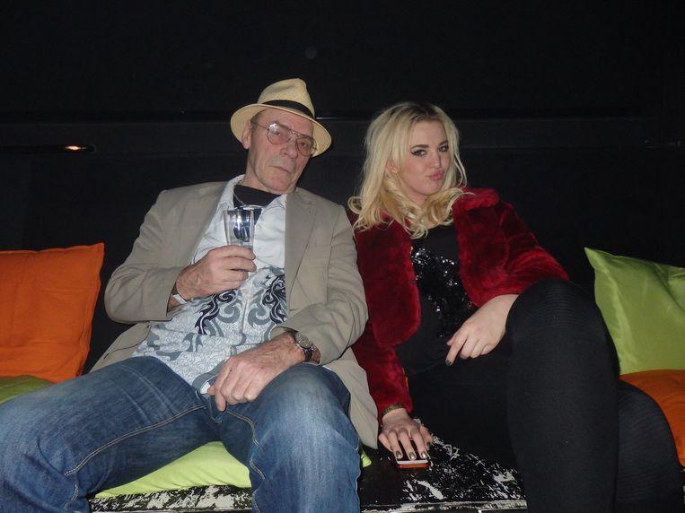 Emmaly Brown werd vorig jaar vierde in de finale van The voice of Holland. Nu is ze bezig met een eigen band, onder de bezielende leiding van manager Hans Hagtkoâh. Beeld Schuim