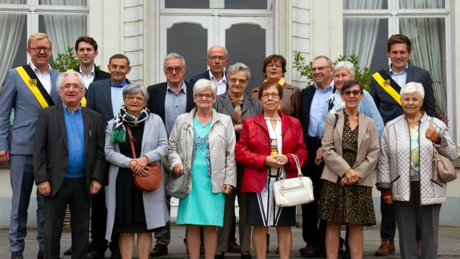75-jarigen van Wippelgem vieren samen hun verjaardag