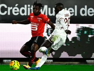 Invaller Doku, die op de paal knalt, gaat met Rennes onderuit tegen Bordeaux