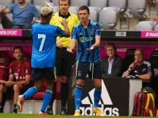 Berghuis debuteert voor Ajax in vermakelijk en evenwichtig oefenduel met Bayern München