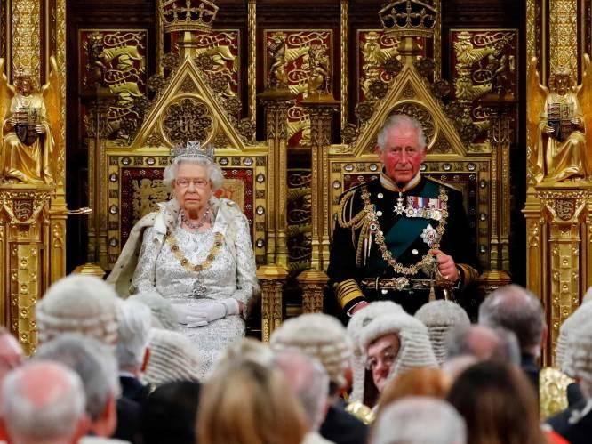 """""""De grondlegger van een nieuw tijdperk"""": zo zal het Britse koningshuis eruit zien wanneer Charles de troon bestijgt"""