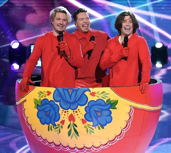 De broers Hanson in The Masked Singer.