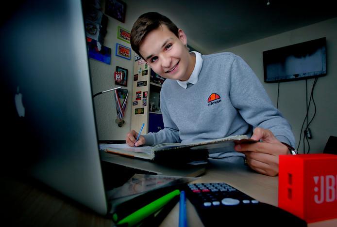 Damian van Toer kon dit weekend al op zijn lauweren rusten. Hij had vrijdag al zijn laatste examen.
