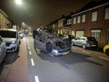 Automobiliste slingert over de weg en zorgt voor ravage in Oudenbosch