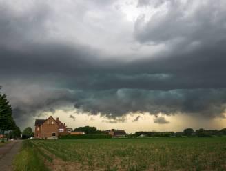 Code geel: KMI waarschuwt voor lokaal hevige buien en onweer