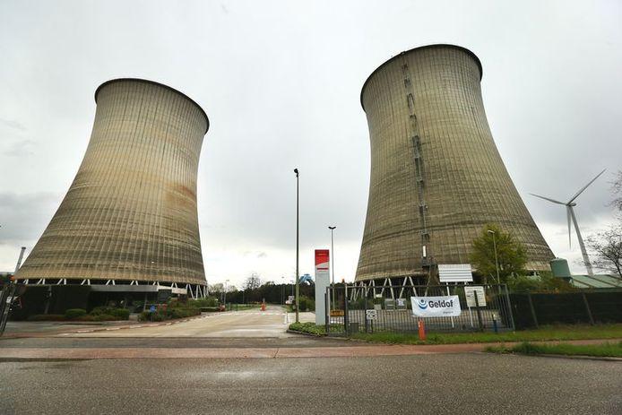 De koeltorens van de Kerncentrales van Langerlo